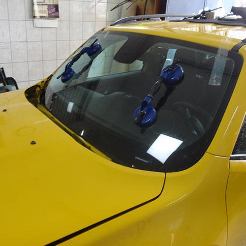 Prednji vetrobran zamenjen