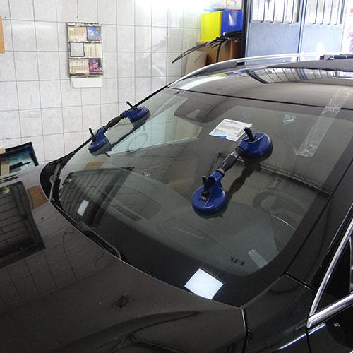 volvo-zamena-prednjeg-vetrobrana-mv-auto-stakla